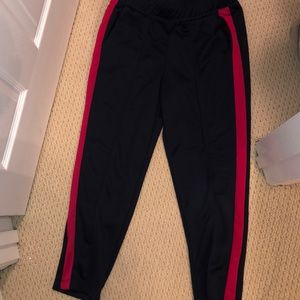 Old Navy pleated joggers